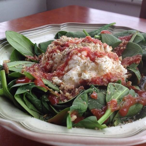 Ricotta Pecan Spinach Salad